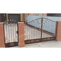 Не стандартные кованые ворота и калитки